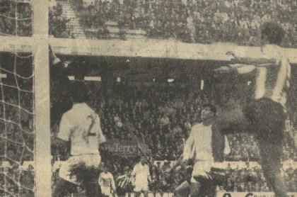 1967-Noviembre 26-Primera.-Sevilla FbC-2 Real Betis Balompié-3.-48Aniversario.