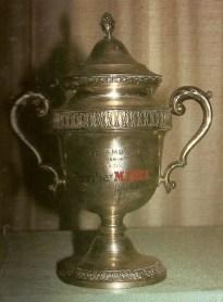 1967-Noviembre 24.-El trofeo AMBERES-grata sorpresa para el Betis.-48Aniversario.