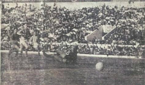 """1963-Marzo 03-""""Verde y Blanco"""".-Real Betis Balompié-2 Sevilla Cf-1.-53Aniversario."""