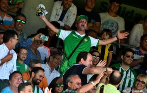 La goleada del Betis al Zaragoza en imágenes
