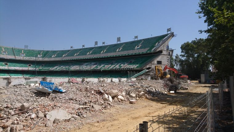 Estado de la demolición de Gol Sur a 11 de Julio