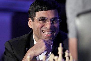 21 May 2015, Mumbai, India --- Mumbai, India. 21st May 2015 -- Chess World Champion Vishwanathan Anand during the announcement of 3rd Edition of Maharashtra Chess League (MCL) in Mumbai, India on May 22, 2015. -- Maharashtra Chess League 3rd Edition announcement by Aamir Khan and Vishwanathan Anand in Mumbai. --- Image by © Ravindra HANDE/Demotix/Corbis