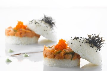 Sushi Burger, Salmon, Wasabi Aioli, Sichimi Sprinkle_Pa Pa Ya