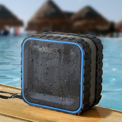 Rugged Bluetooth 3.0 Splash Speaker With Hands-Free Calling