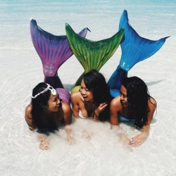 """""""Be who you want to be"""" they told her, so Erica Lovill became a mermaid!...for a day! Erica is currently sojourned in a beautiful archipelago tucked in the Pacific called the Philippines with her husband."""