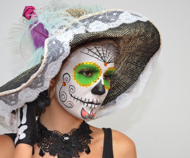 Maquillaje Halloween muerte mejicana verde