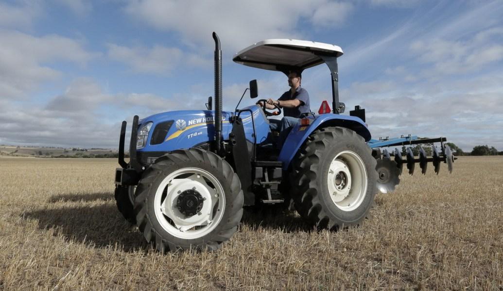 New Holland presenta dos tractores nacionales de la Línea TT