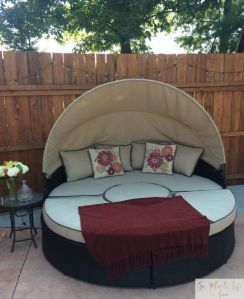 summer-tour-outdoor-living-daybed-somuchlifetolive