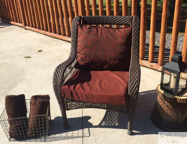 summer-tour-outdoor-living-wicker-sofa-firepit-somuchlifetolive-2