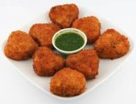Paneer Cutalet rumble the malai paneer and mix with chillies, coriander, mint, onions, chilli powder and salt.  Marathi Unlimited gives you Unique Recipes.  Paneer Cutlet, a crispy snack for a...