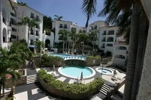 hotel-marina-resort1-300x199