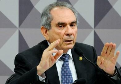 Acordo de Lira passa por saída de Adriano Galdino do páreo