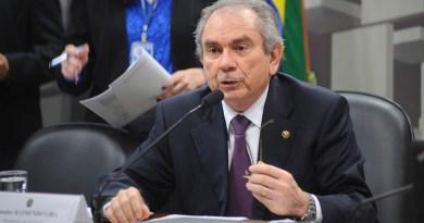 Lira comanda debate que promete salvar municípios
