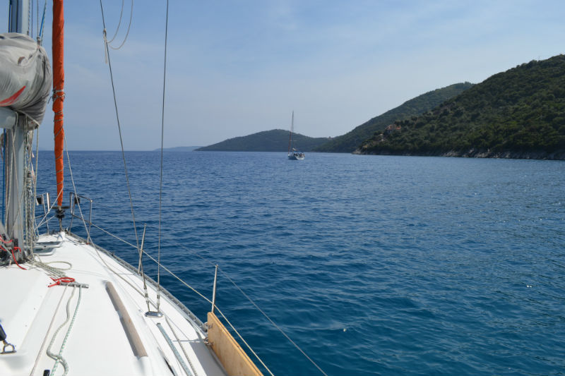 On the way to Sivota