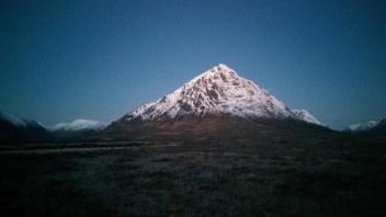 PHOTO'S: Climb To The Top Of Buachaille Etive Mòr – Stob Dearg (Glen Coe)