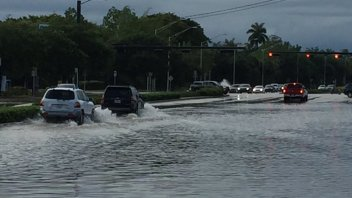 Flooding Continues To Plague Texas While Florida's Wet Season Gets Off To Record Start!