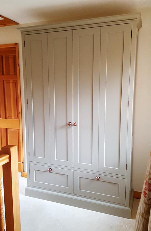 Linen cupboard Wingrave Bucks