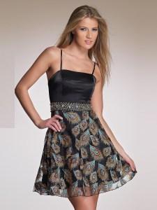Um vestido clássico que n/ão sai de moda. Dá para fazer e, vários tecidos e fazer várias combinações de estampa. Segue esquema de modelagem do 36 ao 56.