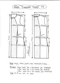 Esquema de modelagem de vestido tubinho que afina a silhueta tamanho 54.