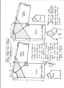 Esquema de modelagem de blusa raglan com recortes tamanho 36.