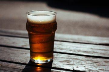 beer-beer-garden-drink-18621-825x550