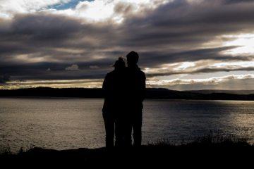couple-love-romantic-3880-826x550