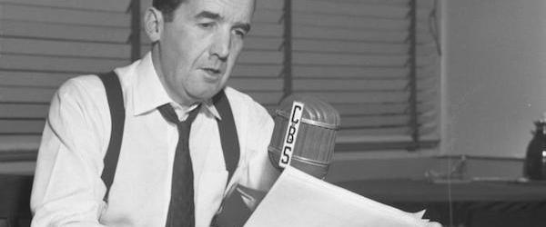 Edward R Murrow broadcasting