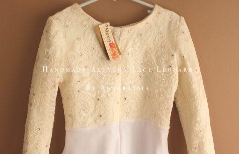 Alencon lace 0908 leotard ivory crystals