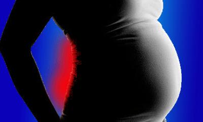 3 Cara atasi sakit pinggang masa mengandung.