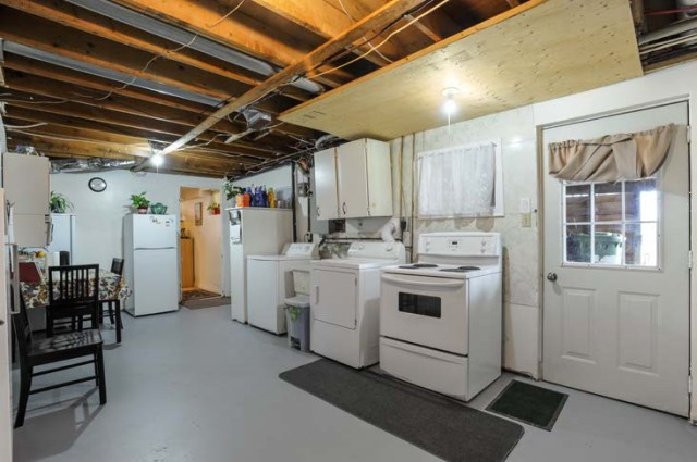 Dundalk 3 bedroom bungalow on 9 5 acres barn pond for sale for Basement access from garage
