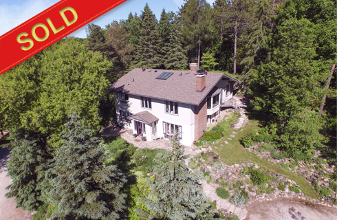 Caledon 1+2 Bedroom Bungalow on 38 Private Acres