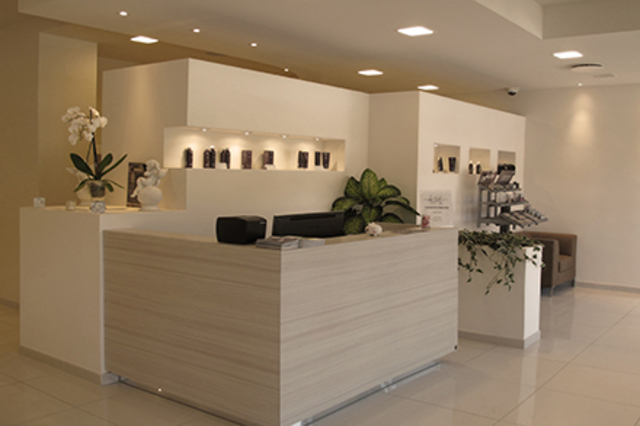 Allestire uno studio massaggi e o estetico e un centro for Arredare un centro estetico