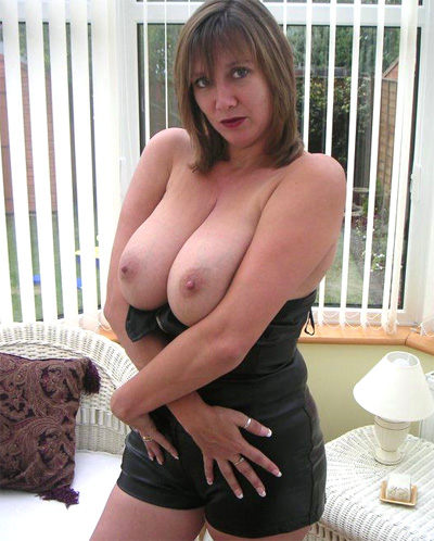 busty slut wife