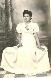 Mi mama Sofia in the late 1940's