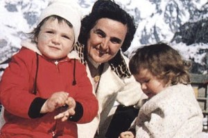 Gianna Beretta Molla in montagna con i bambini