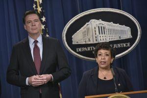 James Comey, FBI, con Loretta Lynch, l'affossatrice delle inchieste sulla Famiglia