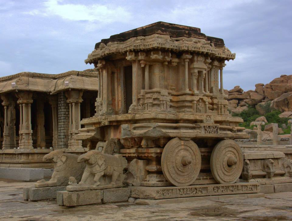 Royal grandeur of Hampi