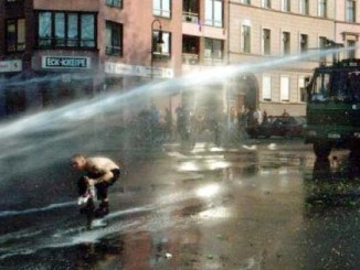 Boris is making his water cannon decision based on public ignorance and contradictory evidence