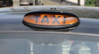 All London Taxis to accept debit and credit cards by October 2016