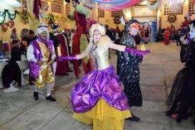 """Derrochan color y  alegría en el """"Baile de Fantasía"""""""