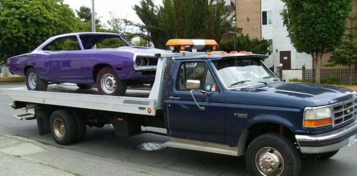 Benefits of Using a Towing Company