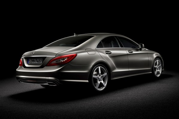 2011-Mercedes-Benz-CLS-leaked9-597x398.jpg