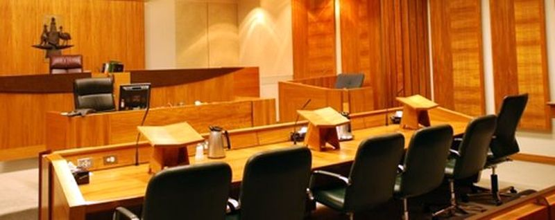 mckenzie friends australian courtroom image