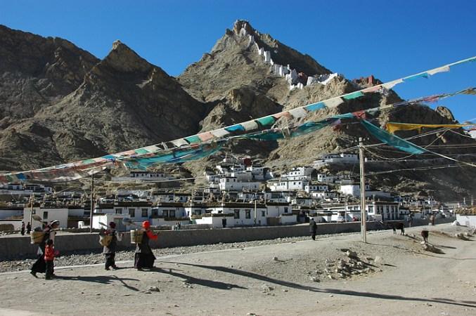 Shekar Fort and main town