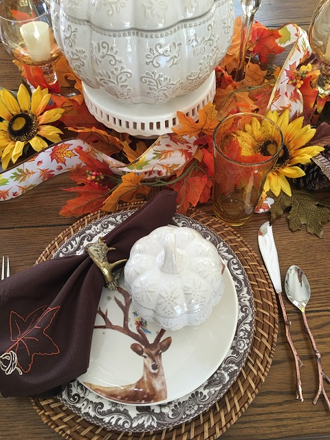 Blog - White pumpkin tablescape15
