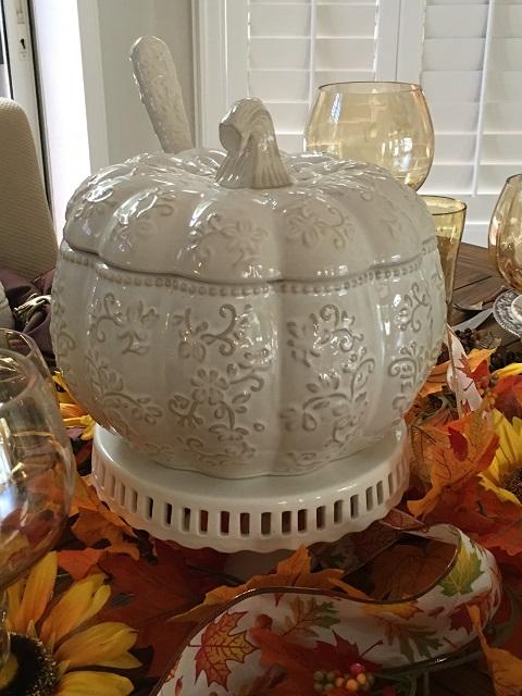 White pumpkin tablescape