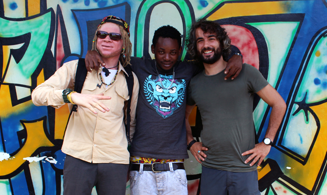 A group picture with Sebastian Christon, a Tanzanian producer, Ras Six and the anthropologist. | 2015 © Giorgio Brocco