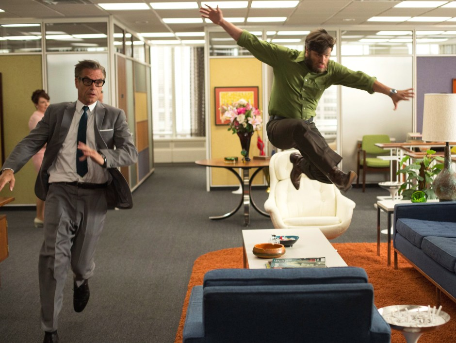 mad-men-the-crash-jump2