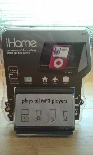 MEGATech Reviews: iHome IHM2BC iPod Speaker Dock   IMAG2003 299x500