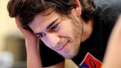 Rep Darrell Issa Looking into Possibly Overzealous Aaron Swartz Prosecution   swartz 500x281